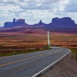 Droga stanowa 163 przez Monument Valley, Arizona