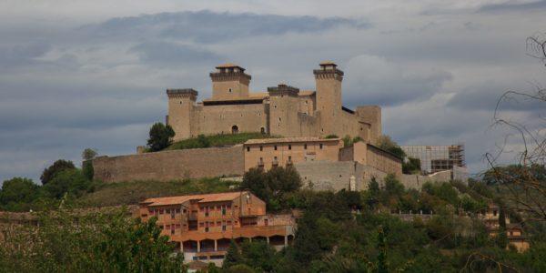 Forteca Rocca Albornoziana, wybudowana w latach 1359–137