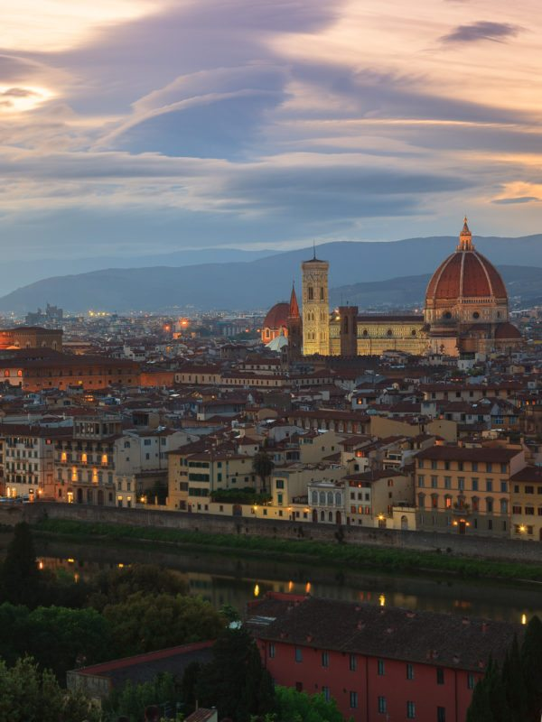 Florencja. Widok katedry ze z placu Michała Anioła