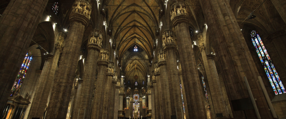 Mediolan wnętrze katedry