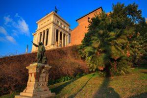 Posąg Coli di Rienzo. Wzgórze Kapitolińskie